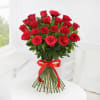 Gift Bunch of 20 Red Roses with Pineapple Cake (Half Kg)