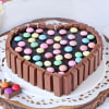 Heart Shape Kit Kat Cake (Half Kg) Online