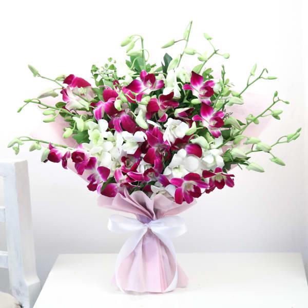 10 Mix Orchids Bouquet