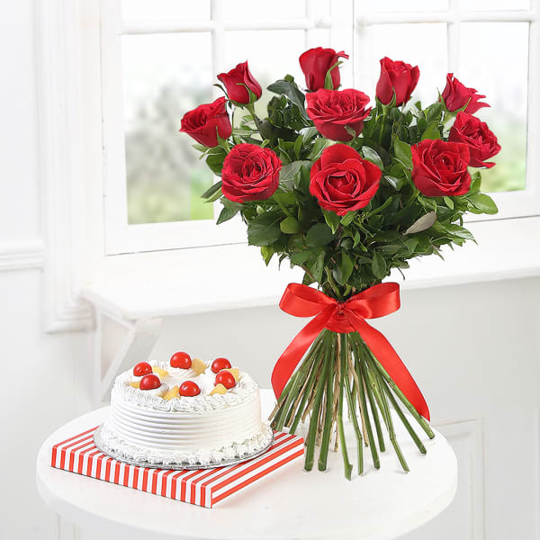 10 Red Roses with Pineapple Cake (Half Kg)