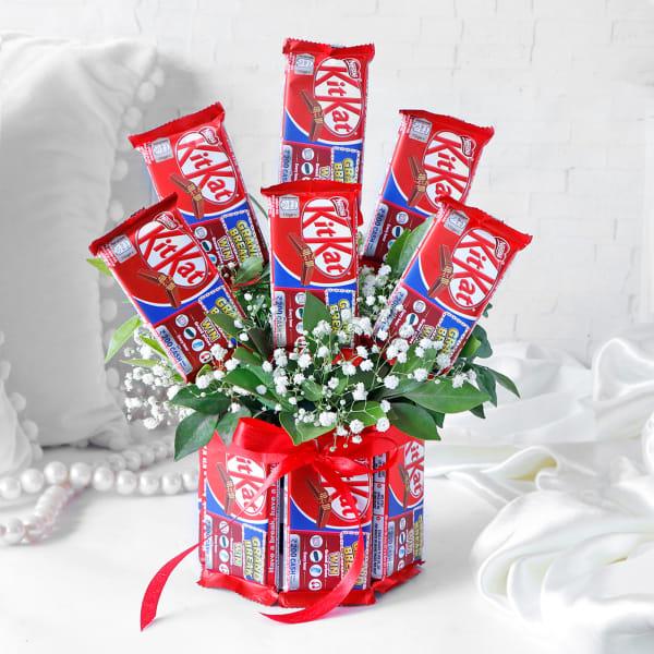 12 Kitkat Bouquet Arrangement
