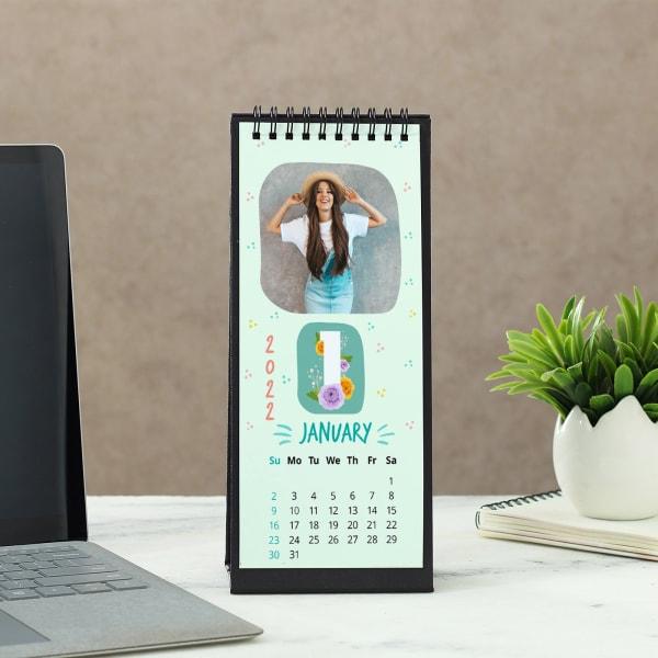2021 Desk Calendar in Black
