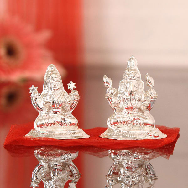 dcd5164cb04b 30 Gms Silver Laxmi Ganesha Idol  Gift Send Home and Living Gifts ...