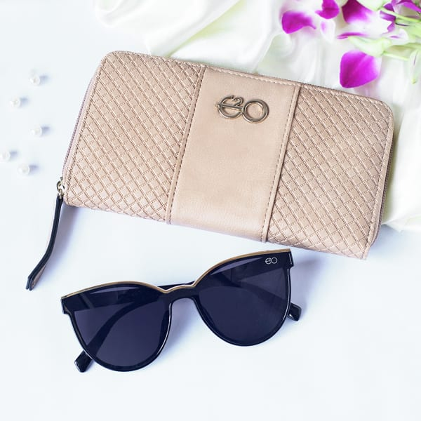 Beige Wallet With Sunglasses