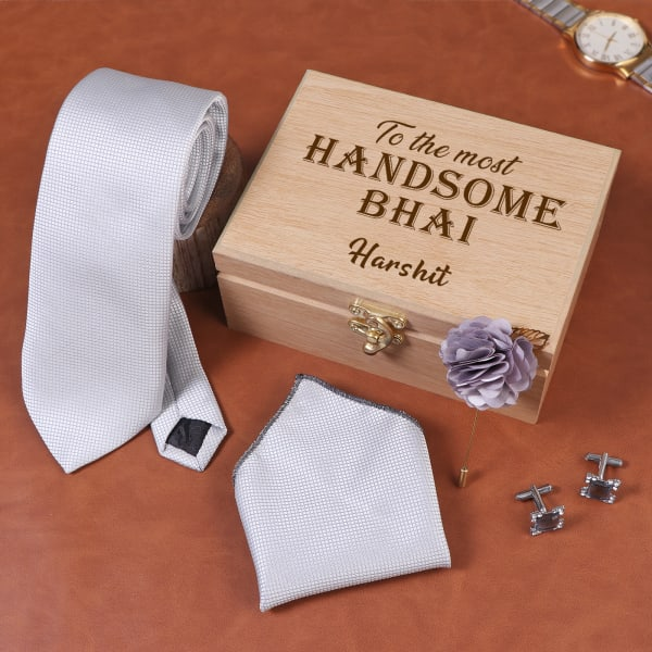Bhai Silver Grey Accessory Set In Personalized Box