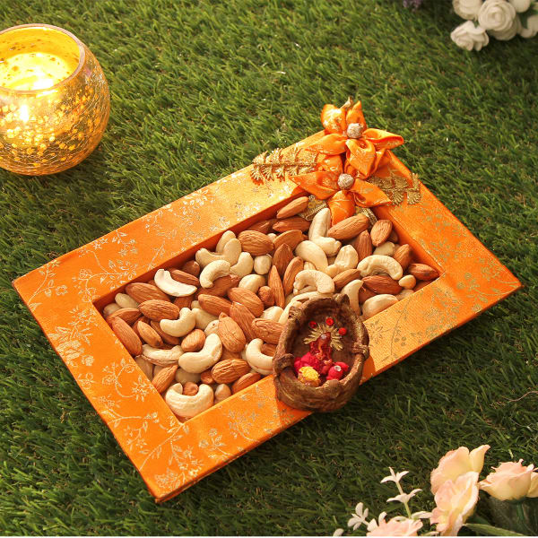 Bhaidooj Tikka with Dryfruits Tray