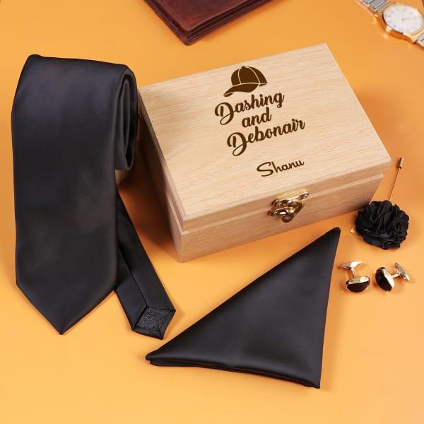 Black Accessory Set In Personalized Box