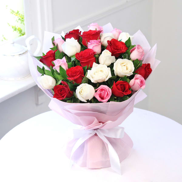 Bouquet of 25 Mix Colored Roses