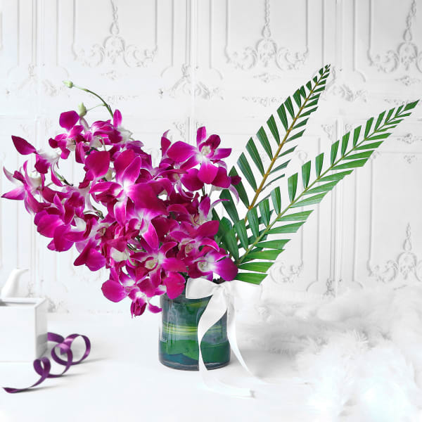 Bouquet of Purple Orchids in Glass vase (6 Stems)