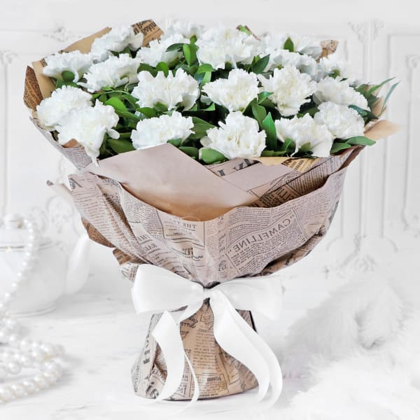 Bouquet of White Carnations (20 stems)