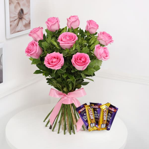 Bunch Of 10 Pink Roses & Assorted Chocolates
