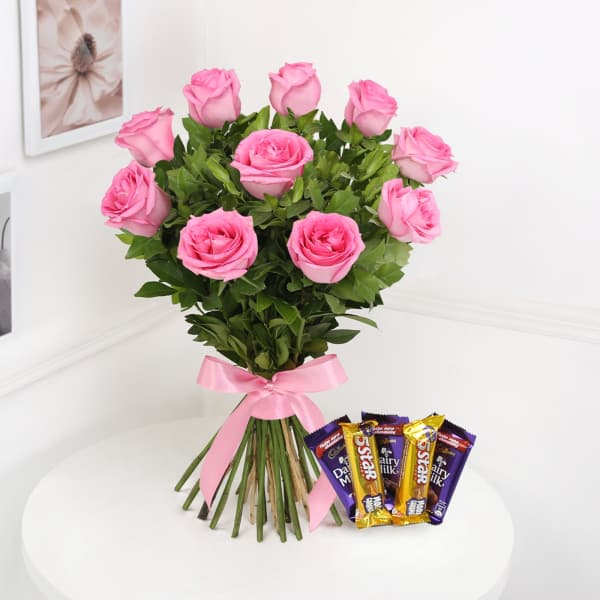 Bunch of 10 Pink Roses With Assorted Chocolates