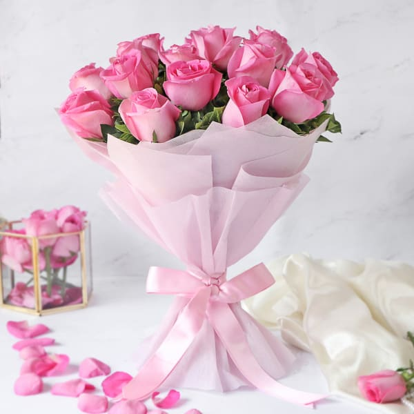 Bunch of 15 Pink Roses