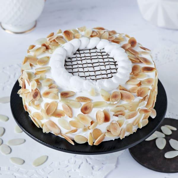 Celestial Vanilla Almond Cake (1 Kg)