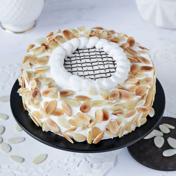 Celestial Vanilla Almond Cake (2 Kg)