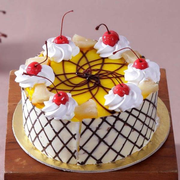 Cherry Pineapple Cake (Half Kg)