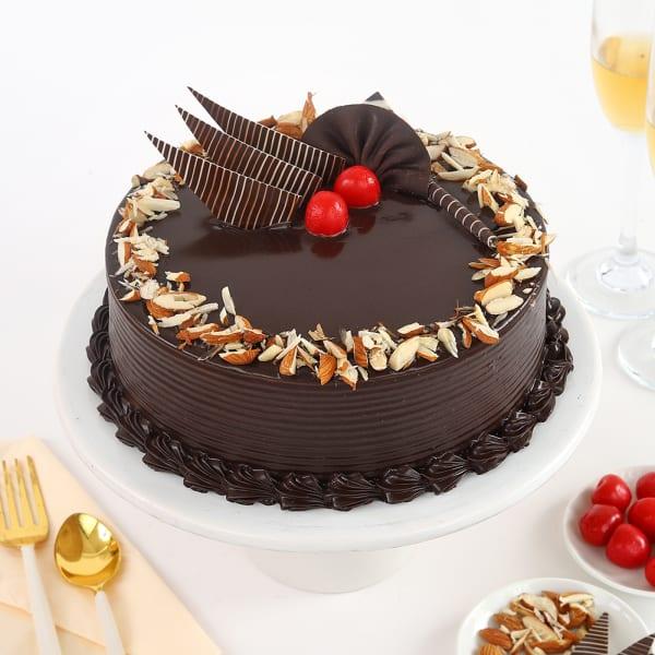 Chocolate Almond Cake (Half Kg)