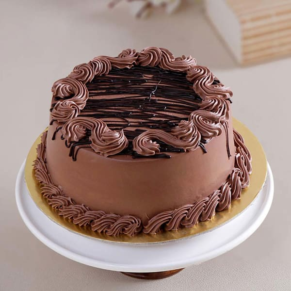 Chocolate Cake with Chocolate Cream Topping (1 Kg)