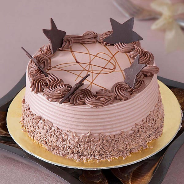 Chocolate Cake (Eggless) with Chocolate Stars Topping (1 Kg)