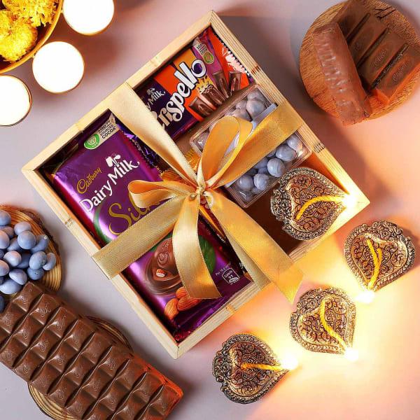 Chocolates With Shankh Diyas Gift Tray