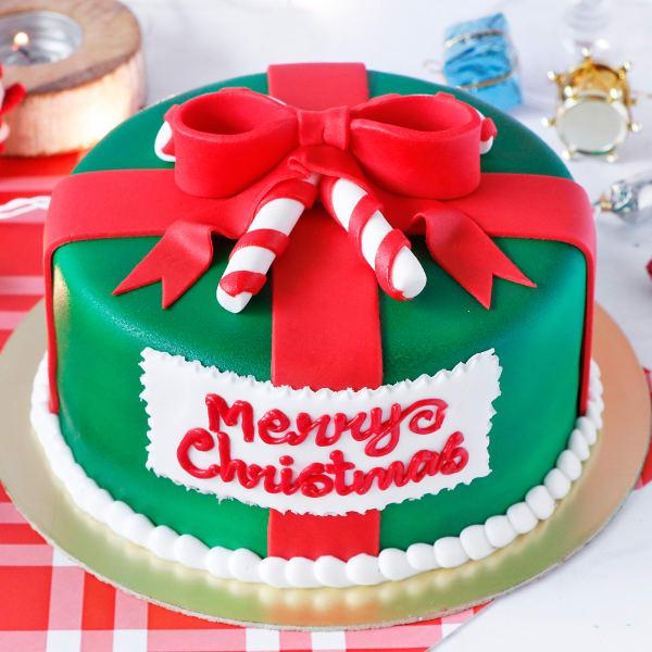 Christmas Designer Gift Cake (1 Kg)