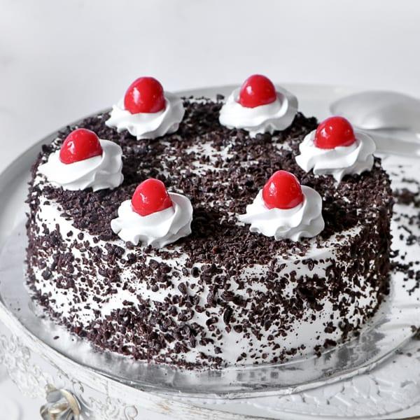 Classic Black Forest Cake (Half Kg)