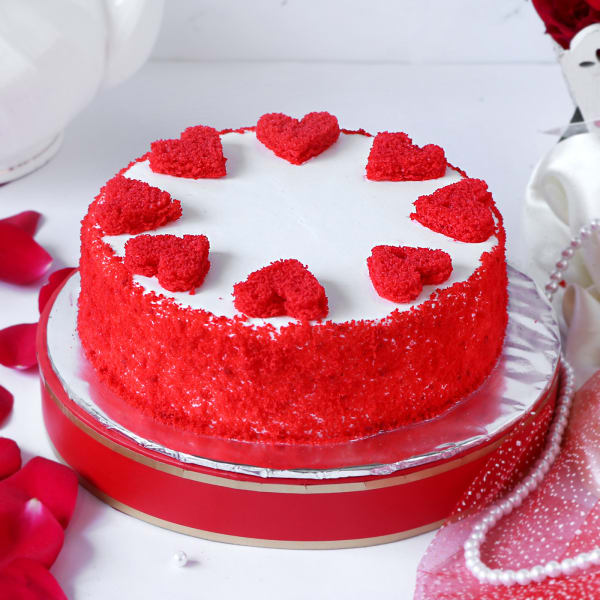 Classic Red Velvet Cake (Eggless) (1 Kg)