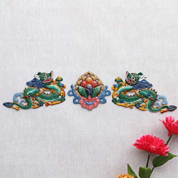 Colored Feng Shui Sculptures Metallic Wall Decor