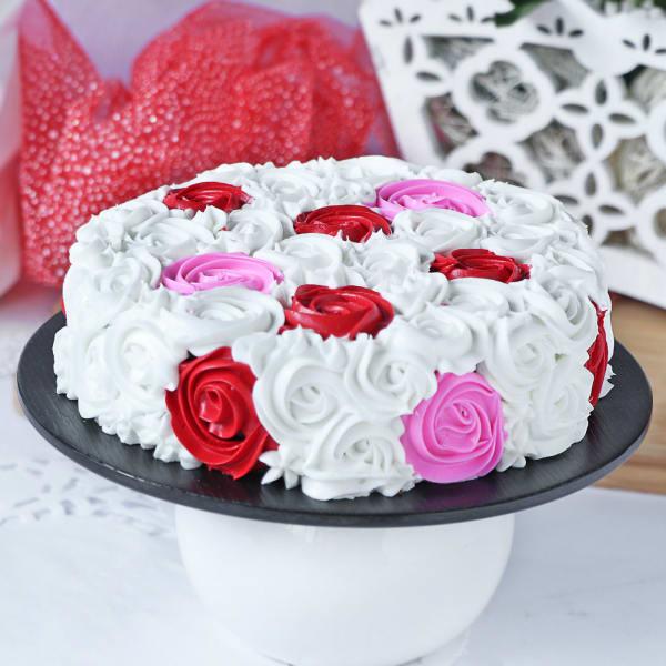 Colorful Chocolate  Rosette Cake (Half Kg)