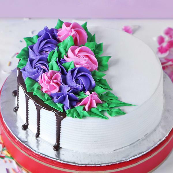 Designer Black Forest Cake (Half kg)