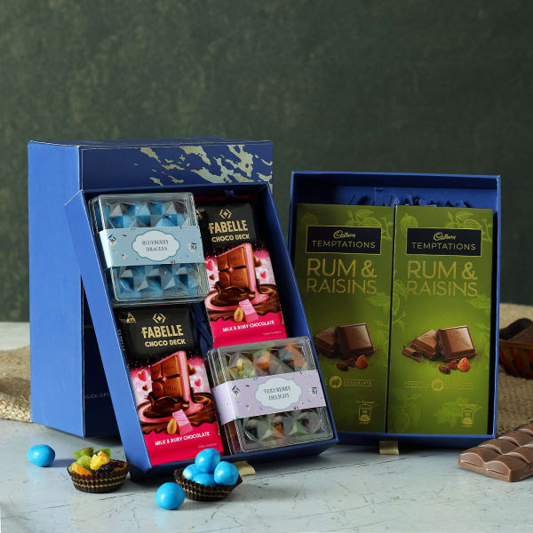 Dry Fruits with Chocolates Gift Hamper