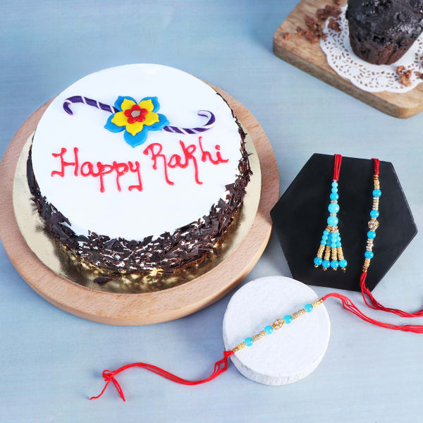 Family Rakhi Set Of 3 With Black Forest Cake (Half kg)