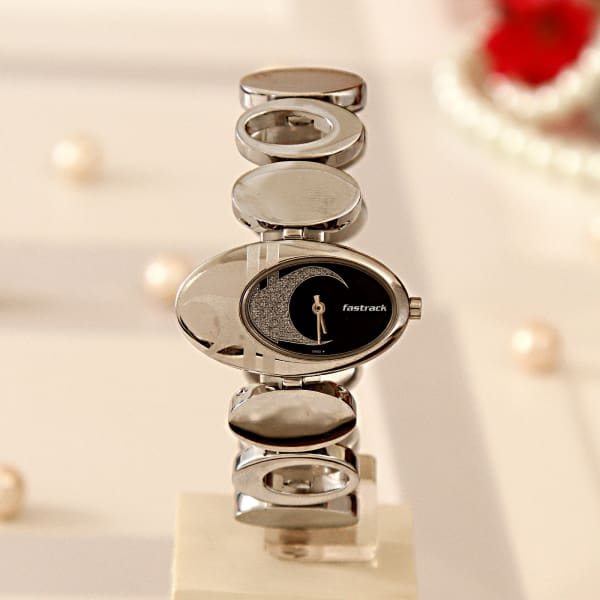 Fastrack Unique Silver Watch with a Black Dial for Women