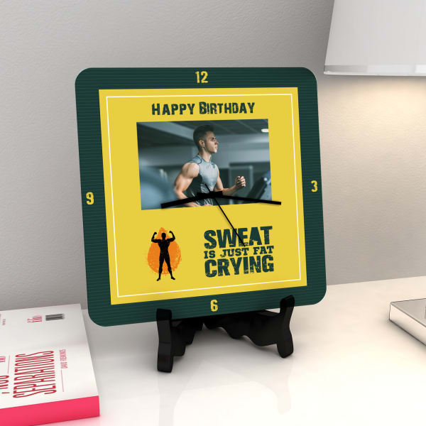 Fats Cry Personalized Birthday Clock