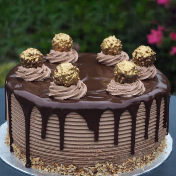 Fererro Rocher Cake 2 Kg