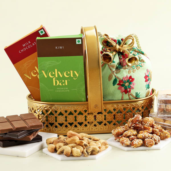 Flavoured Dry Fruits And Chocolates In Metal Basket