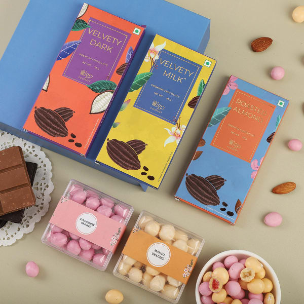 Fruity Dragees And Chocolates Gift Pack