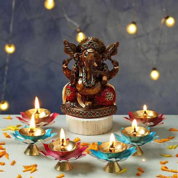 Ganesha Idol with Lotus Shaped Metal Diya Set