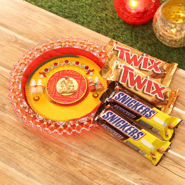 Ganesha Tikka Thali with Twix & Snickers