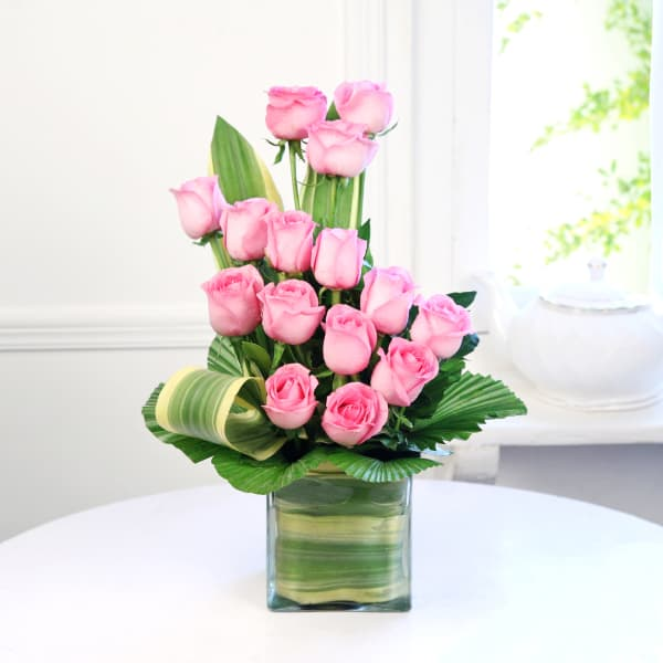 Glass Vase of 15 Pink Roses