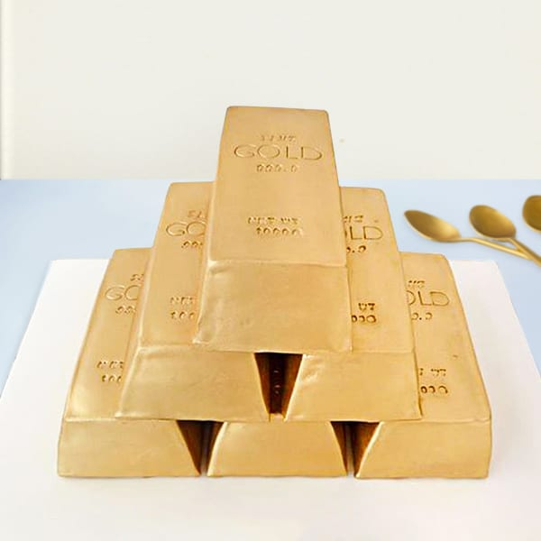 Gold Biscuits Fondant Cake (5 Kg)
