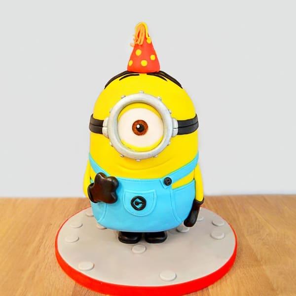 Goofy Minion Fondant Cake (4 Kg)