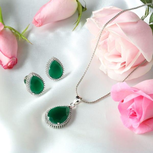 Green Stone Pendant and Earrings Set
