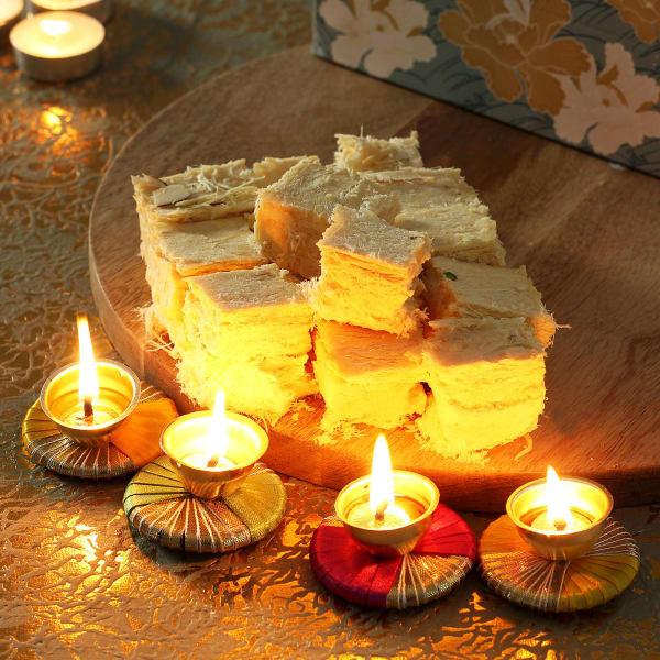 Handmade Diya Set with Soan Papdi