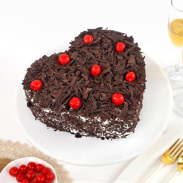 Heart Black Forest Cherry Cake (1 Kg)