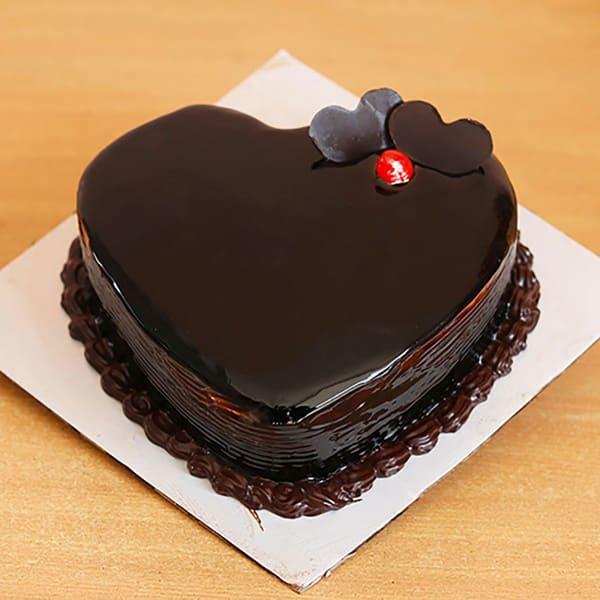 HEART SHAPED CHOCOLATE GLAZED CAKE 1 KG