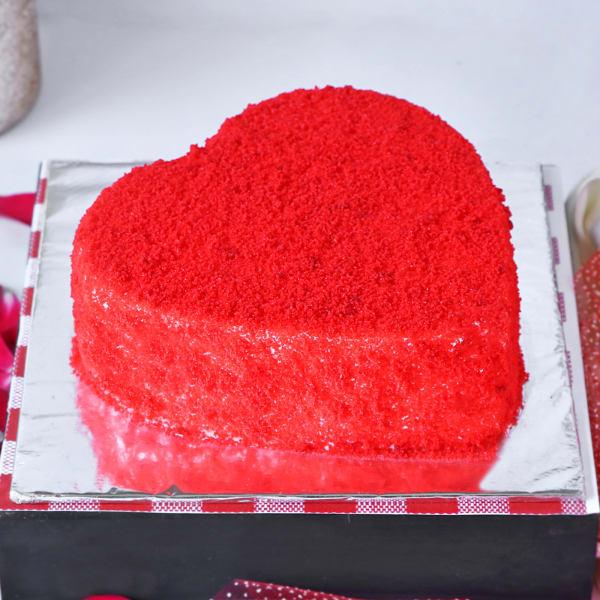 Heart Shaped Red Velvet Cake (Half Kg)