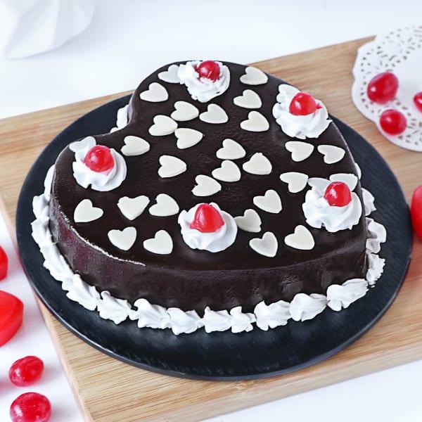 Hearty Chocolate Cake (Half Kg)