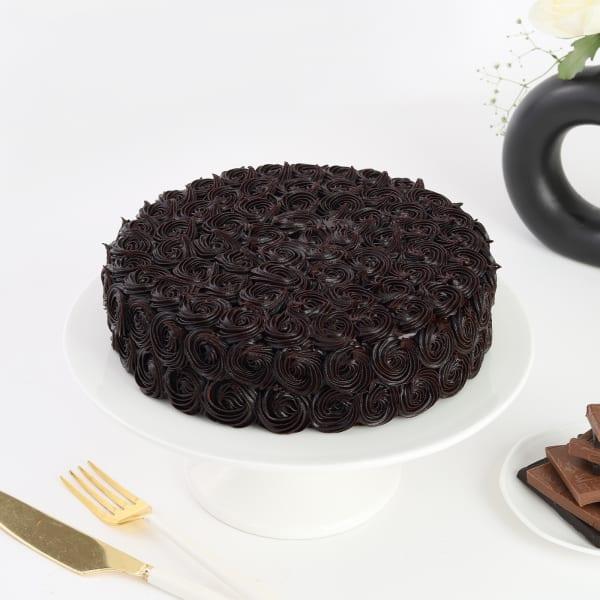 Indulgent Chocolate Rosette Cake (1 Kg)