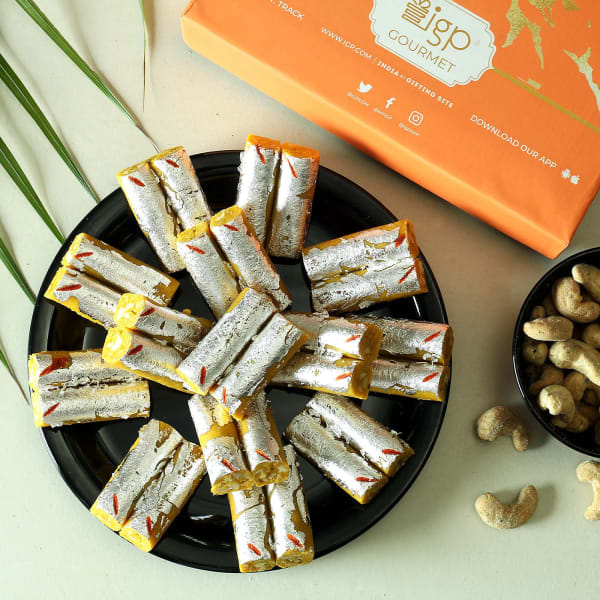 Kaju Kesar Roll (500 gm)